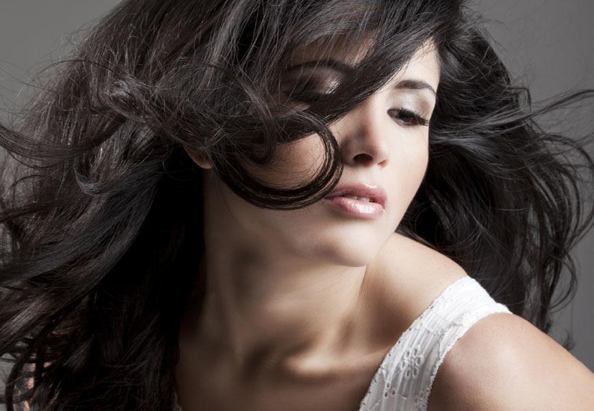 Famoso Capelli neri: consigli sui capelli neri lunghi o corti, per  PO04