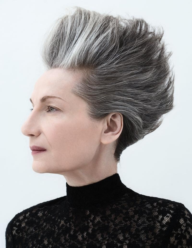 Eccezionale Nuovi tagli per capelli grigi e bianchi UE56
