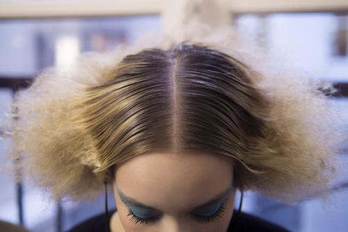 Colore Capelli Viola Sfumato   Colore capelli tra sfumato shatush e  sfumature 8039f6f78647