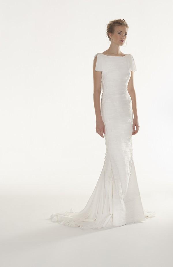 Favoloso Il tubino bianco in versione bridal PV95
