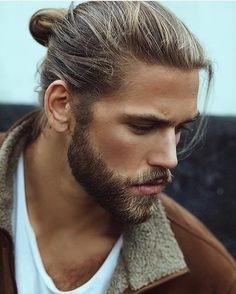 Tagli di capelli lunghi maschili