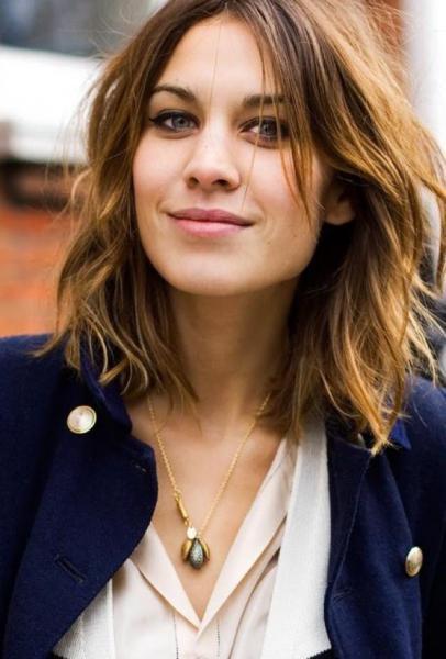 Amato A chi stanno bene capelli con il taglio medio? MT36