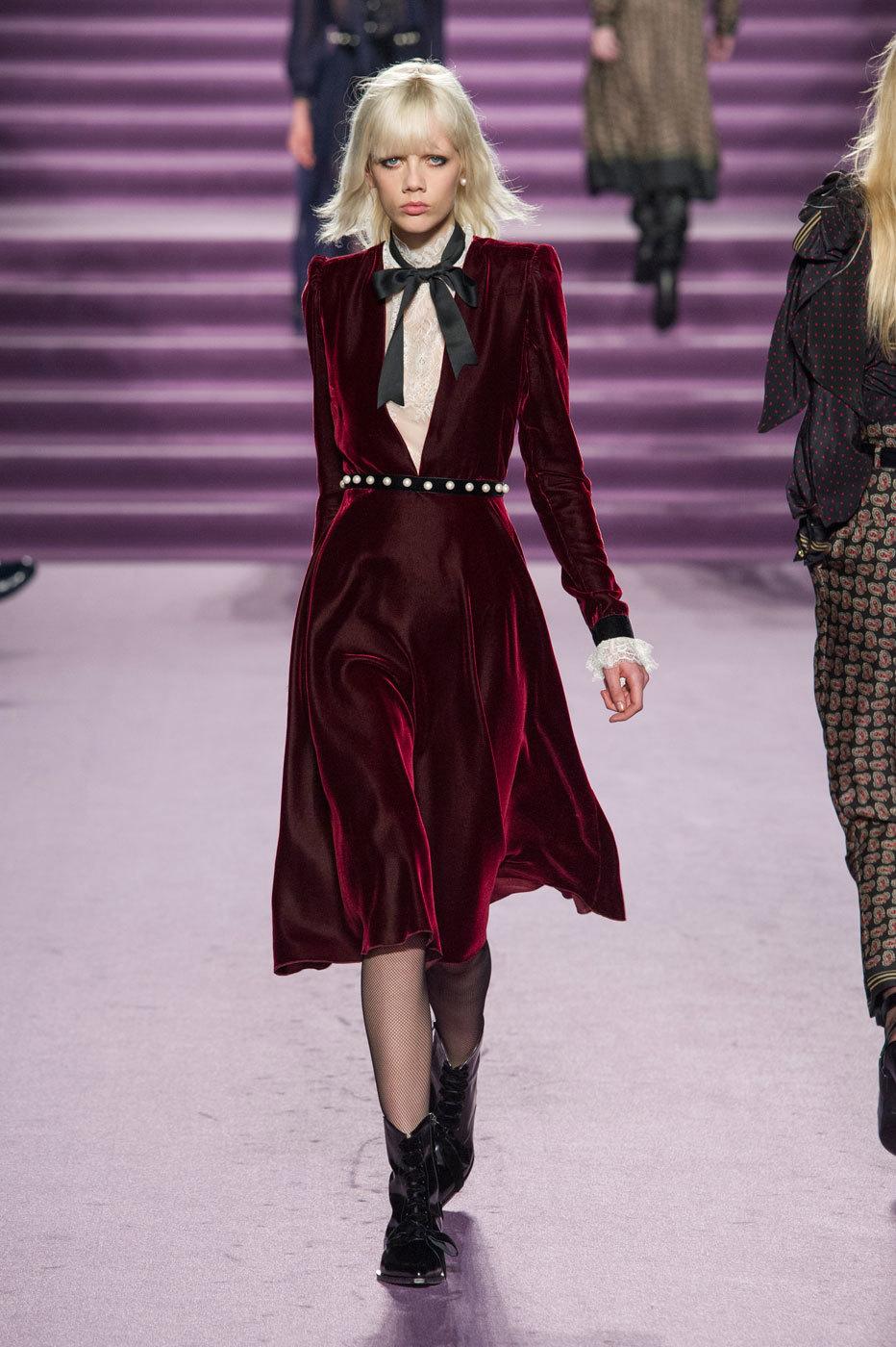 Preferenza Moda autunno inverno 2016 - 2017: vestiti di velluto OI59