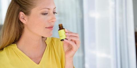 Tea tree oil: tutti i benefici di questo antibatterico naturale