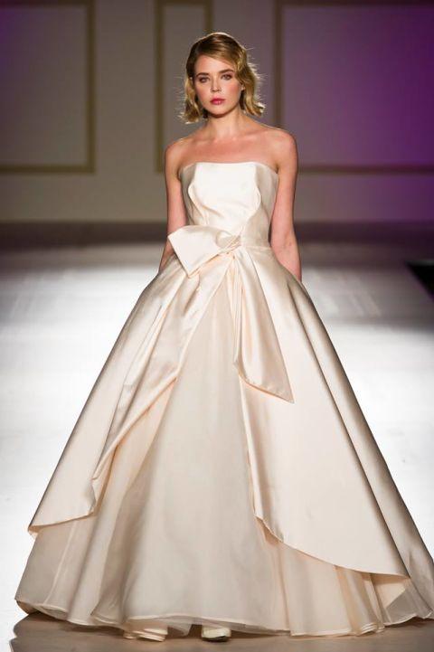 Eccezionale Gli abiti da sposa del 2018 seguono una tendenza chiara: il colore  NS31