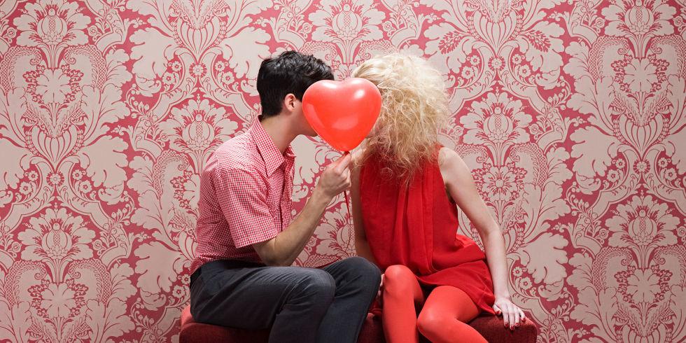 Favoloso Le coppie felici non condividono su Facebook i dettagli della loro  HV93