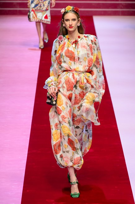 Abiti Fiori Dolce Gabbana ~ Vestiti moda primavera estate gli abiti con le 85d01213cce