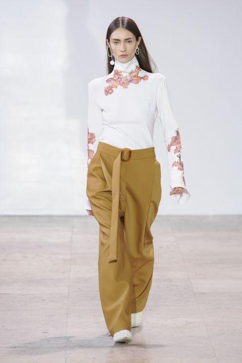 Eccezionale Pantaloni autunno inverno 2017 2018: i modelli larghi e di moda  WF16